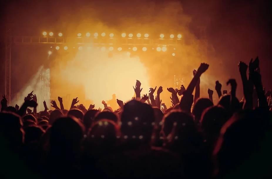 Comment sont organisés les concerts dans des grandes salles ?